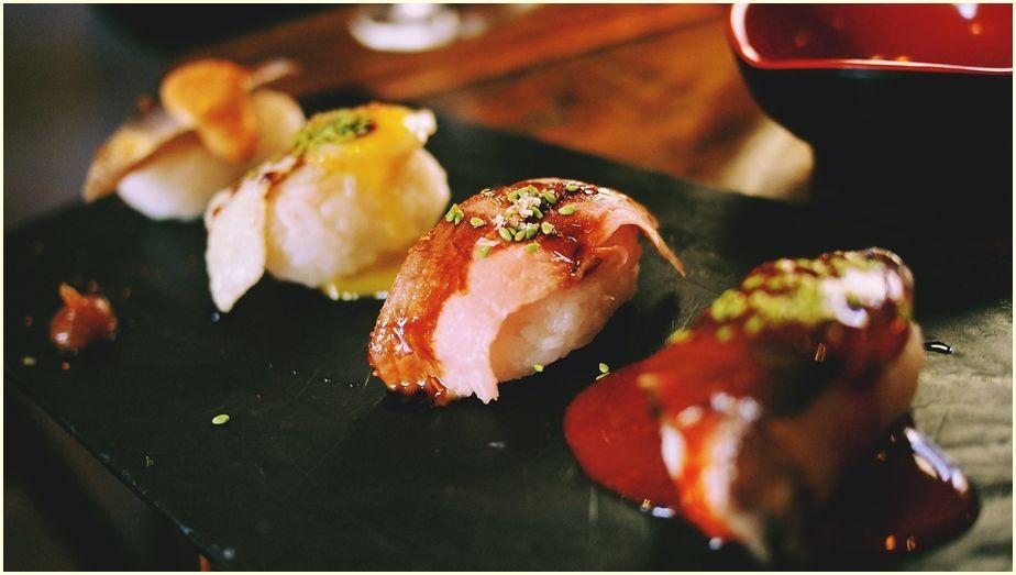 sushi-890377_1920-cr-ir